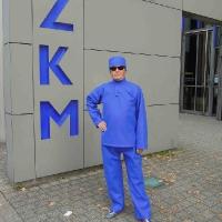 Gerd Conradt in Bluebox Blue